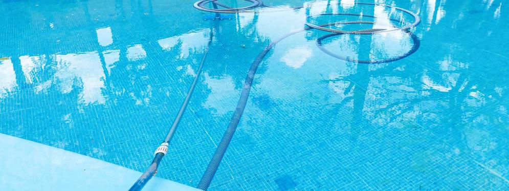 mantenimiento de comunidades piscinas